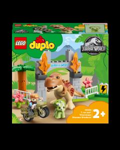 LEGO 10939 DUPLO Jurassic World T. rex and Triceratops Dinosaur Breakout